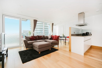 Markam Heights, 5 Crossharbour, London