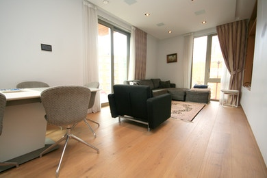 Fabulous two bedroom apartment available to rent in One Tower Bridge development £725 per week