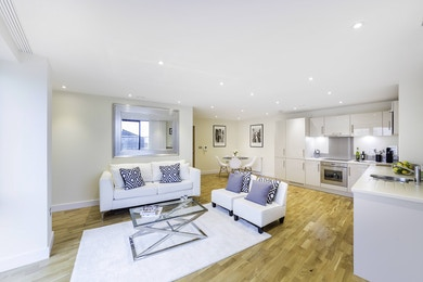Exclusive opportunity to buy a wonderful 3 bed apartment in The Arc
