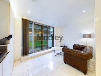 Elegant studio in the most decadent residential development in Canary Wharf