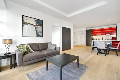 Brand new luxury apartment with over 600 sq ft of internal living space and just minutes from the tube in E14!