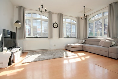 Fantastic opportunity for a stunning two bed in the heart of Limehouse,