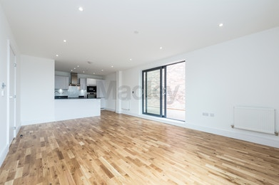 Fantastic Two Bedroom Property Available to Rent in Brand New Development of City View Point!