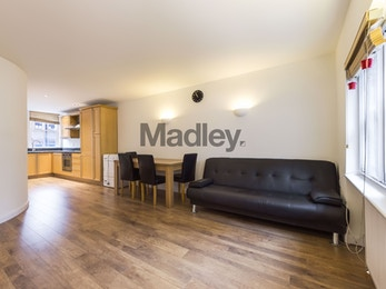 Madley presents the opportunity to acquire a beautiful two bedroom, two bathroom located on one of London's finest residential addresses.