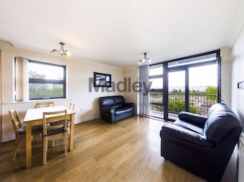 Modern Two double bedrooms 2 Bathrooms Property to Rent in Bow, E3