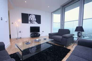 Stunning two bed available on the 27th floor in Landmark, only £590 per week!