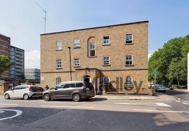 Wilton Court, Cavell Street, London