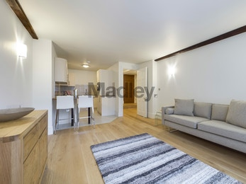 Stunning Warehouse Conversion 1 Bed Property in the Heart of London Bridge, £450pw