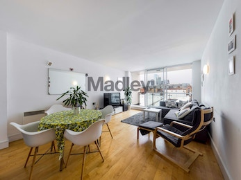 Fabulous 2 bed/2 bath warehouse conversion on Bermondsey Street