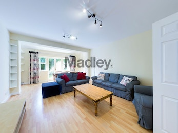 Four Bed End of Terrace House in SE1