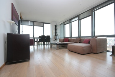 Superb one bed apartment to rent in prestigious development, West India Quay