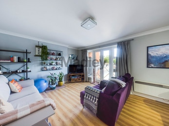 2 Dunnage Crescent, London